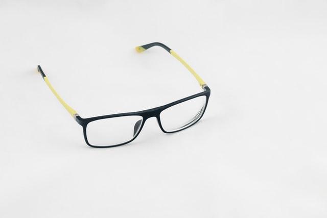スポーツメガネ